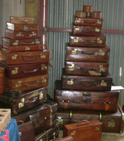 Numerous In Variety Antique Cream Trunk Suitcase With All Original Details Leather