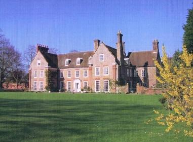 Hedenham Hall Norfolk Arts Amp Crafts Home